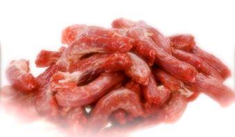 犬貓甲狀腺亢進與寵物生食、鮮食、零食的關聯